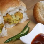 mumbai boys sell vada pav in london and earns in crores, theinterview.in